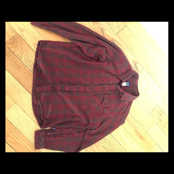 Other - Patagonia Men's Red Flannel Shirt